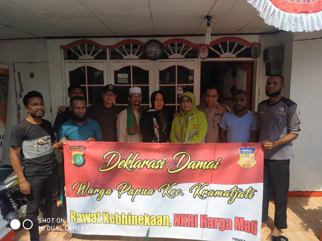Deklarasi Damai warga Papua merajut Kebhinekaan bersama Kapolsek , Babinsa dan Tokoh Agama Kramat jati