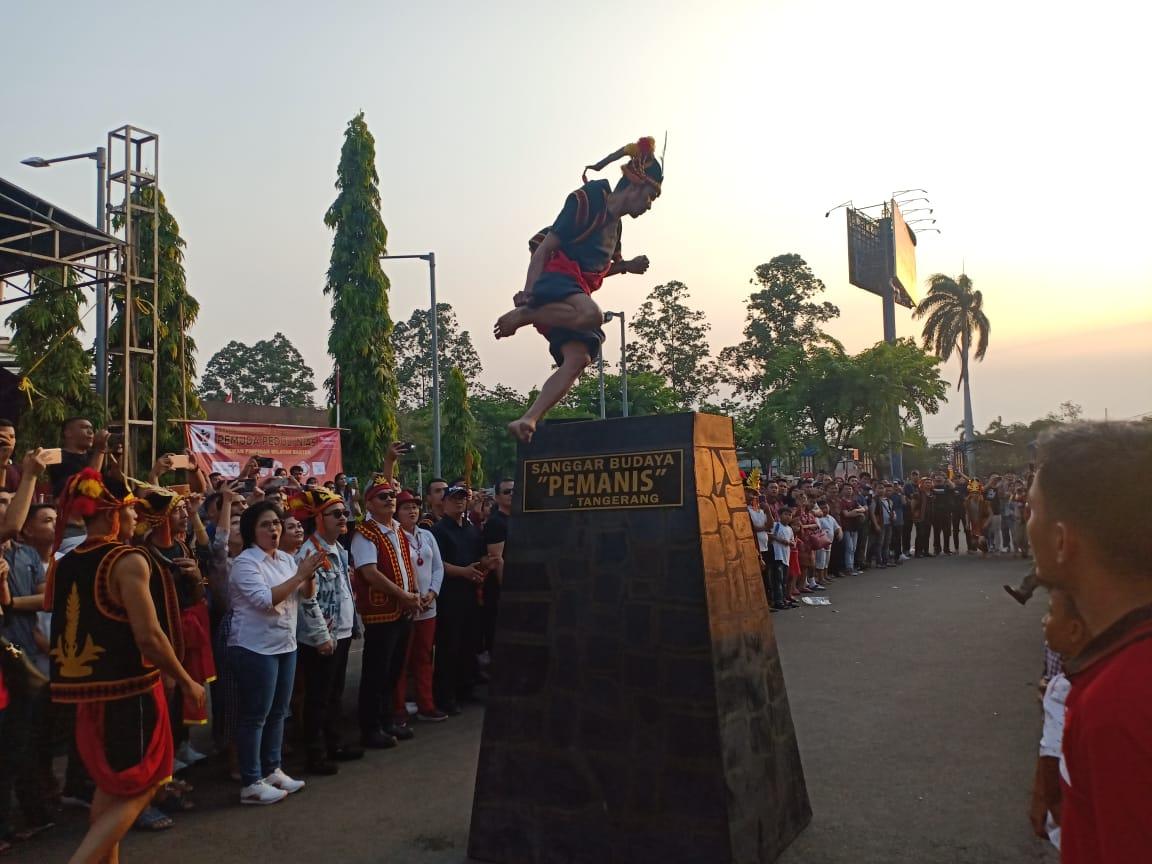 Semarak kebudayaan Nias Dari Tari Perang Hingga Hombo Batu Bisa Kita Jumpai di Tangerang.