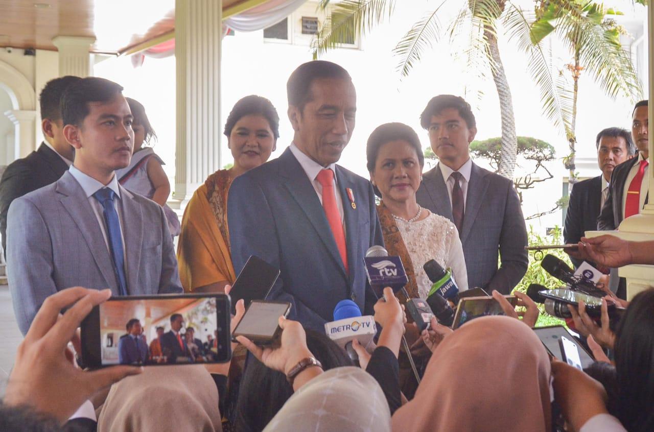 Besok, Presiden Jokowi Akan Perkenalkan Para Menteri Kabinet Periode 2019-2024