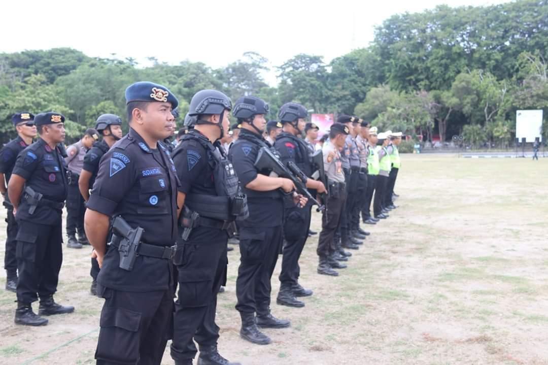 Polda Bali dan Kodam IX Udayana Laksanakan Gelar Pasukan Pengamanan Kedatangan Wakil Presiden