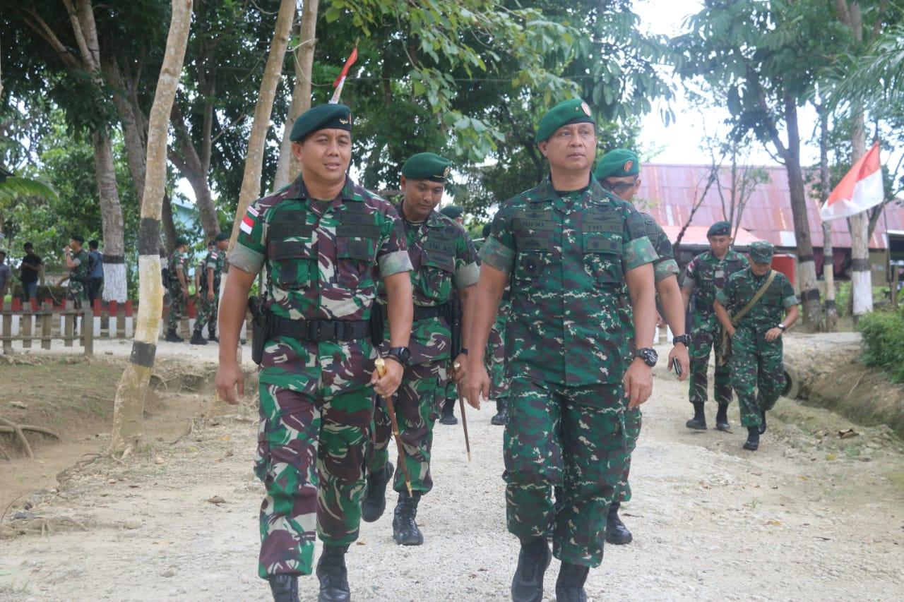 Kedekatan Unsur Pimpinan Dengan Bawahan Dalam Kunjungan Kerja Waasops Kasad Ke Satgas Raider 300