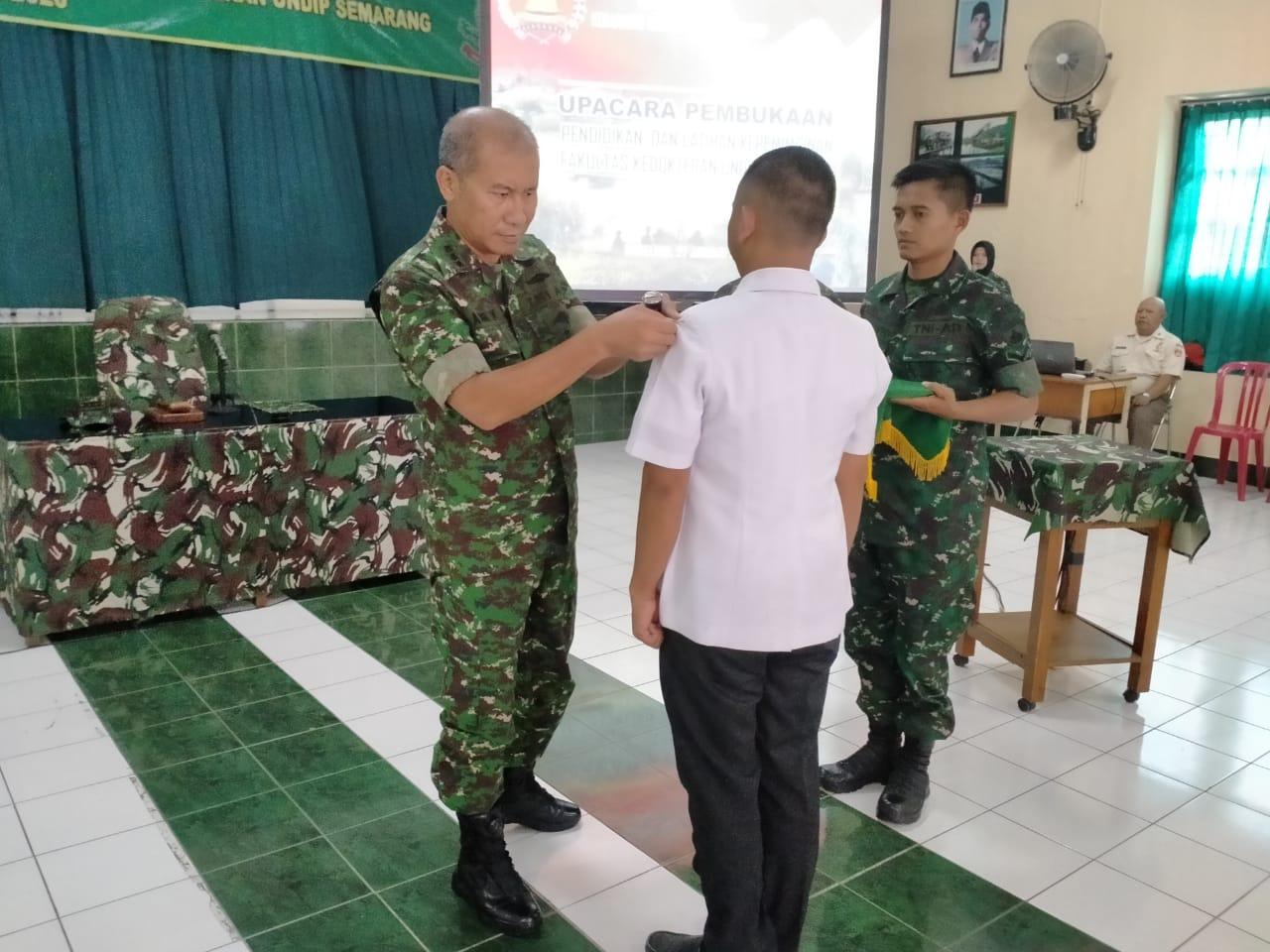 Rindam IV/Diponegoro Bekali Ilmu Kepemimpinan Calon Dokter