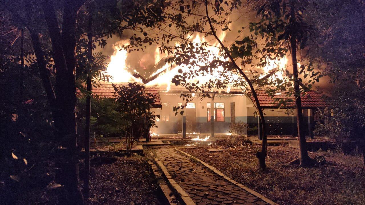 Laboratium UPR Terbakar