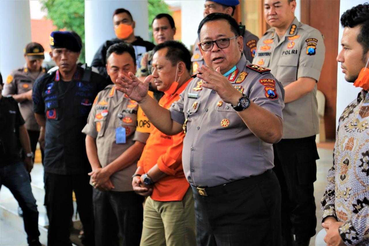Penyerahan Tim KBR Gegana Sat Brimob Polda Jatim Ke Pemprov Jatim