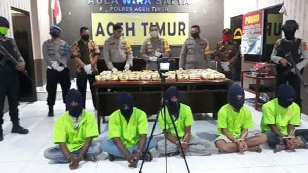 Tangkap Tangan 5 Nelayan Simpan Sabu 45 Kg di Tambak Oleh Polres Aceh Timur