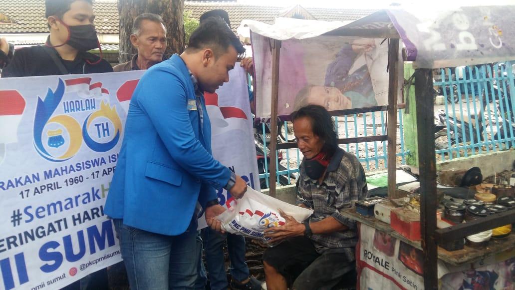 PMII Salurkan Paket Sembako Kewarga Miskin Kota Medan