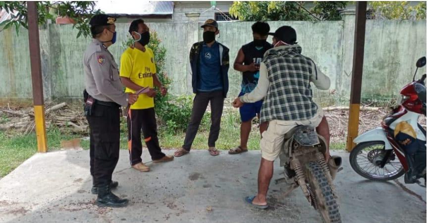 Warga Desa Talio Hulu Binaan Brigpol Prastara Jeri Susanto.