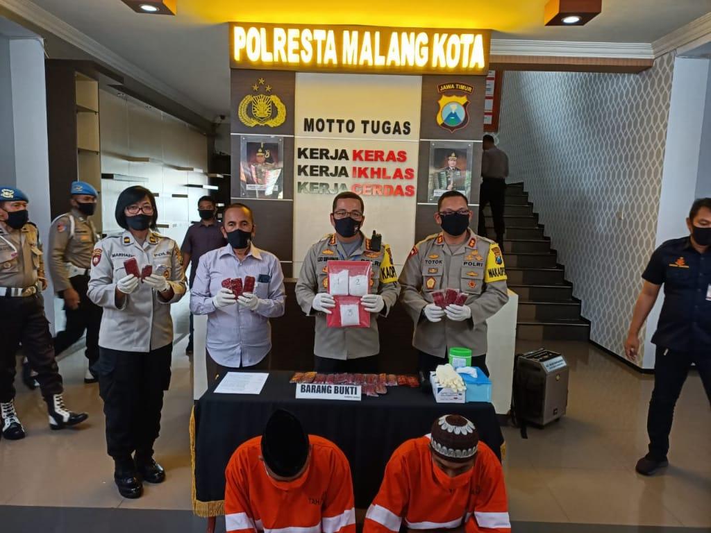 Polresta Malang Kota Bekuk Bandar Narkoba Beserta Kurirnya