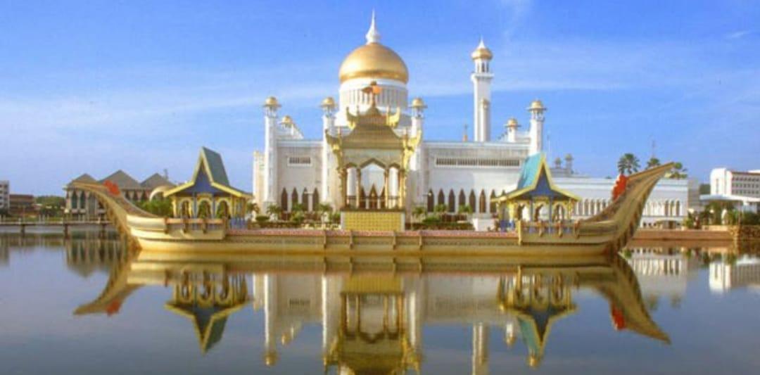 Istana Brunai Darussalam Nurul Iman Tercantik Dan Terbesar Di Dunia