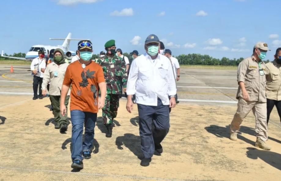 Menteri PUPR Disambut Gubernur Kalteng ,Ini beritanya