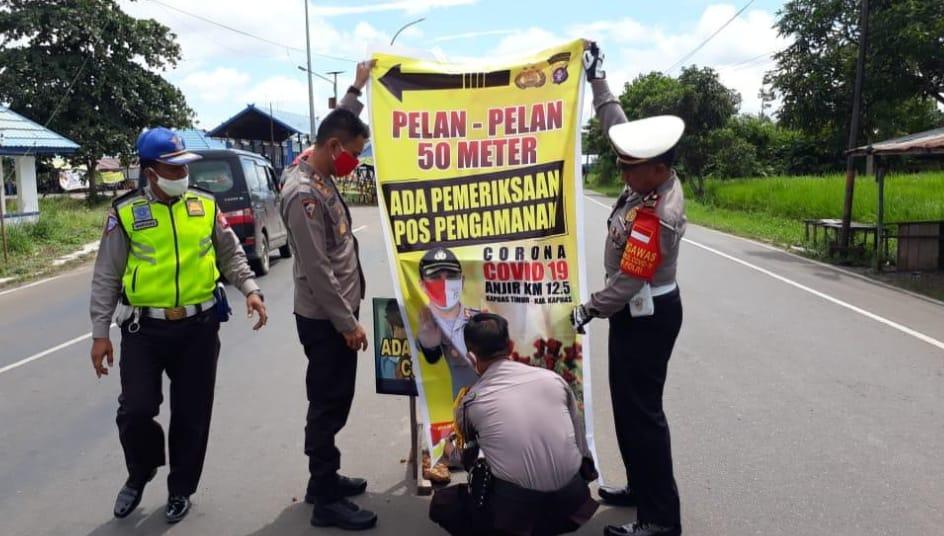 Polres Kapuas Bahasa Isyarat Lewat Spanduk Wilayah Selama PSBB
