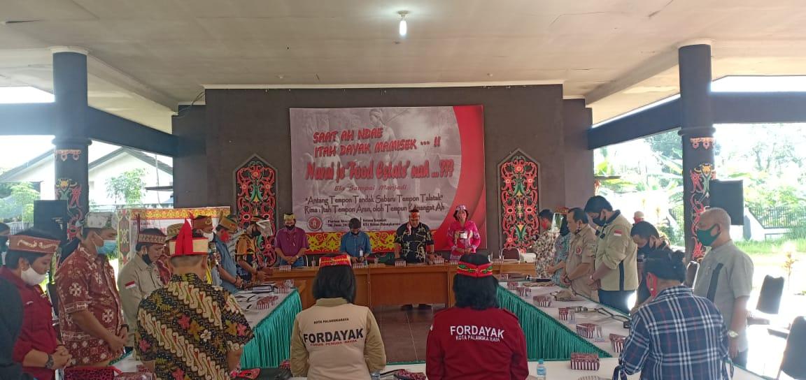 Forum Diskusi Fordayak Kalteng.