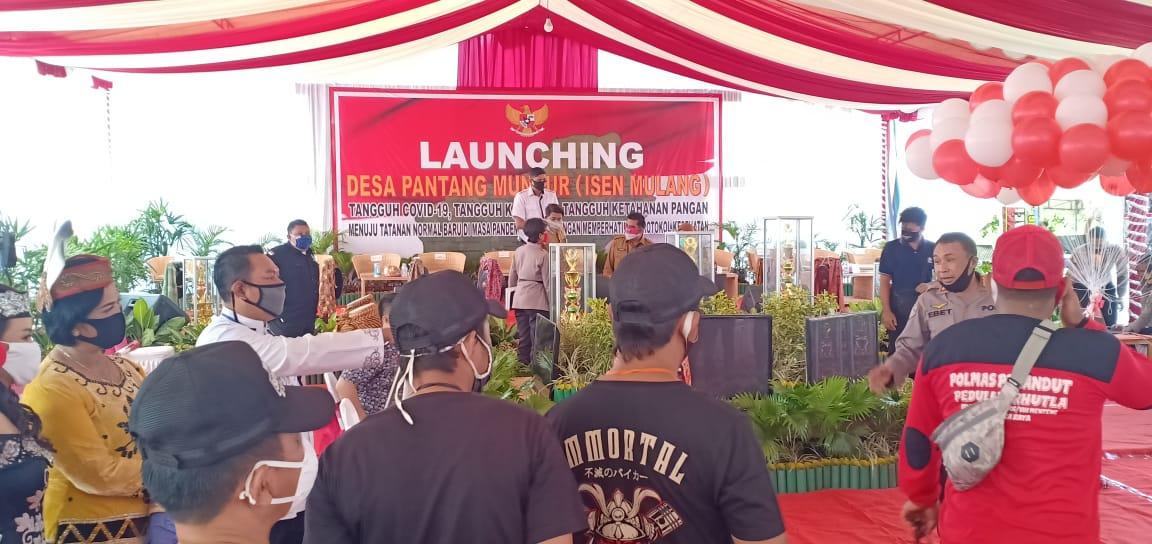 Launching Desa Pantang Mundur Isen Mulang , Palangka Raya Kalteng.