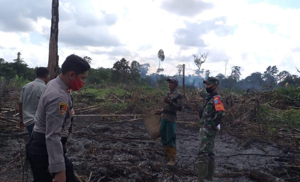 Dua Pelaku Pembakaran Lahan 4 Hektar Di Desa Kerabu Diamankan Polsek Aruta
