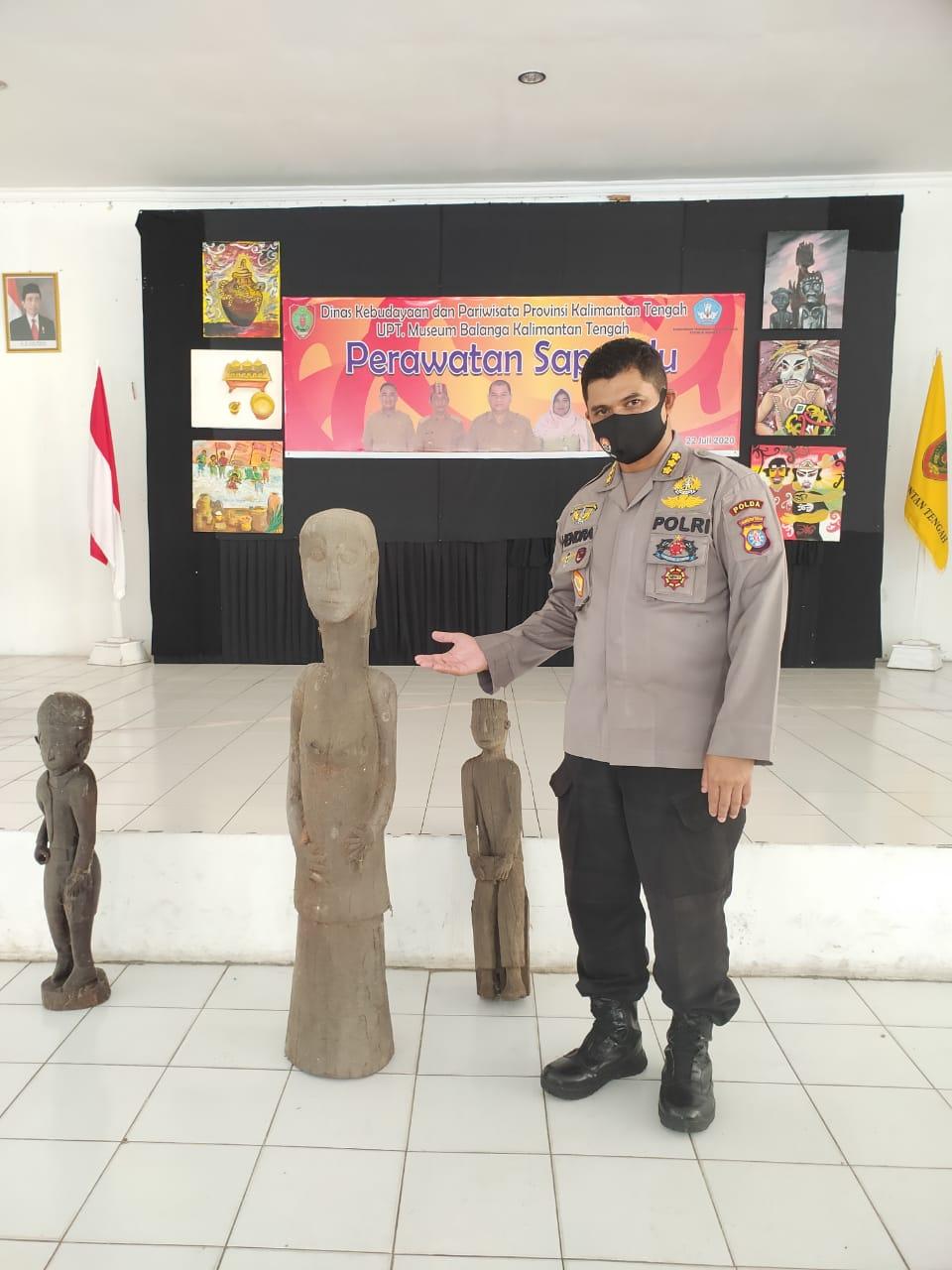 Dukung Kelestarian Budaya, Polda Kalteng Hadiri Perawatan Sapundu di UPT Museum Balanga