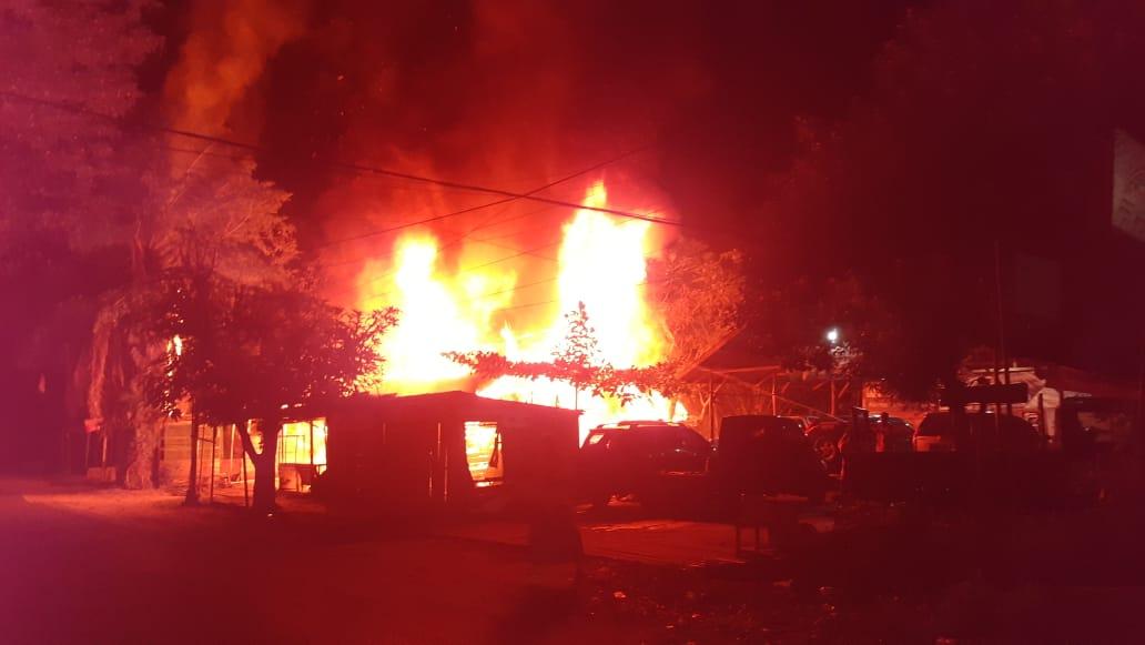 Hanguskan 3 Bangunan Dan 1 Mobil, Polresta Palangka Raya Selidiki Penyebab Kebakaran Di Jalan Antang