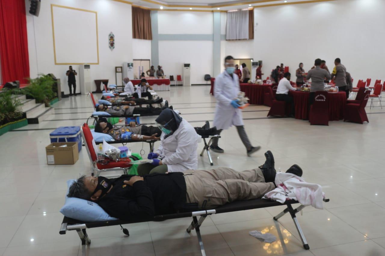 Jelang Hari Jadi Polwan Ke -72, Polda Kalteng Gelar Donor Darah