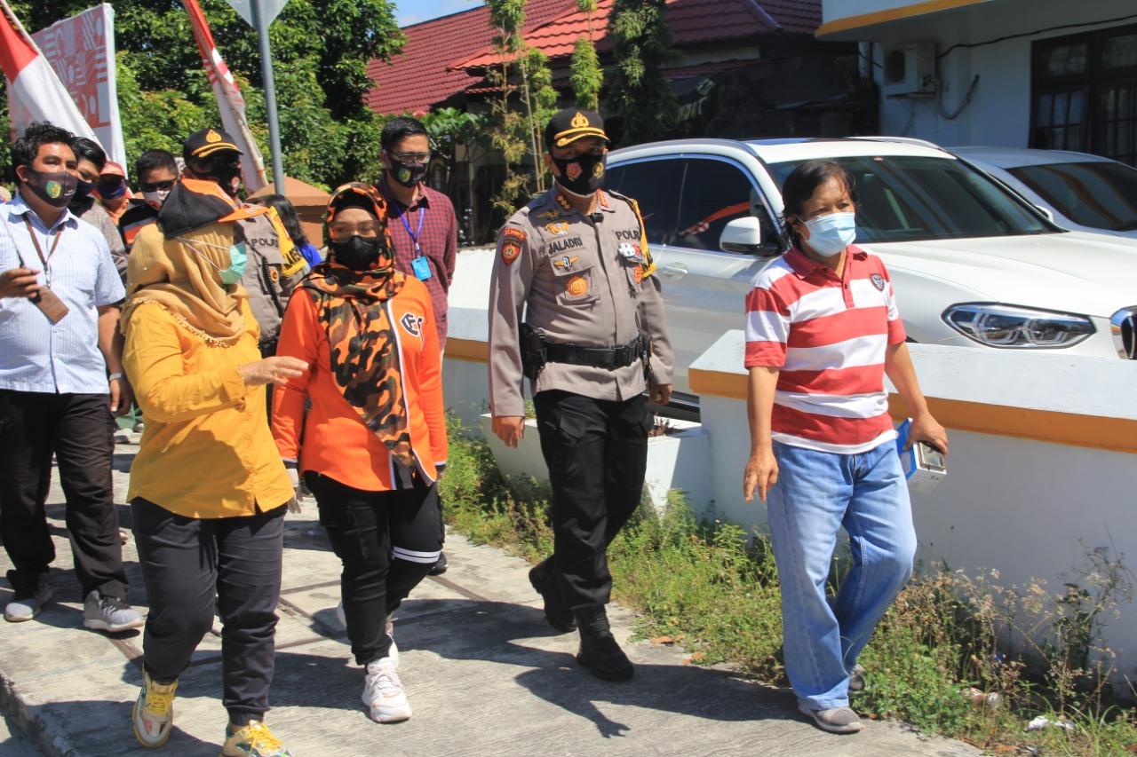 Satgas Covid-19 Kota Palangka Raya Tegur Puluhan Masyarakat Tak Gunakan Masker di Pasar Besar