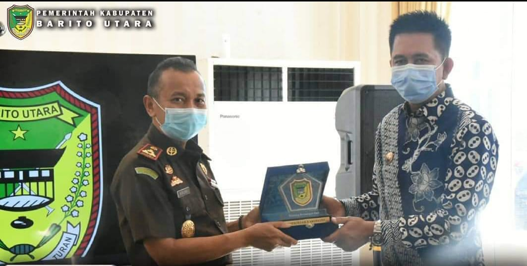 Apresiasi Pemerintah Kepada Kajari Barito Utara