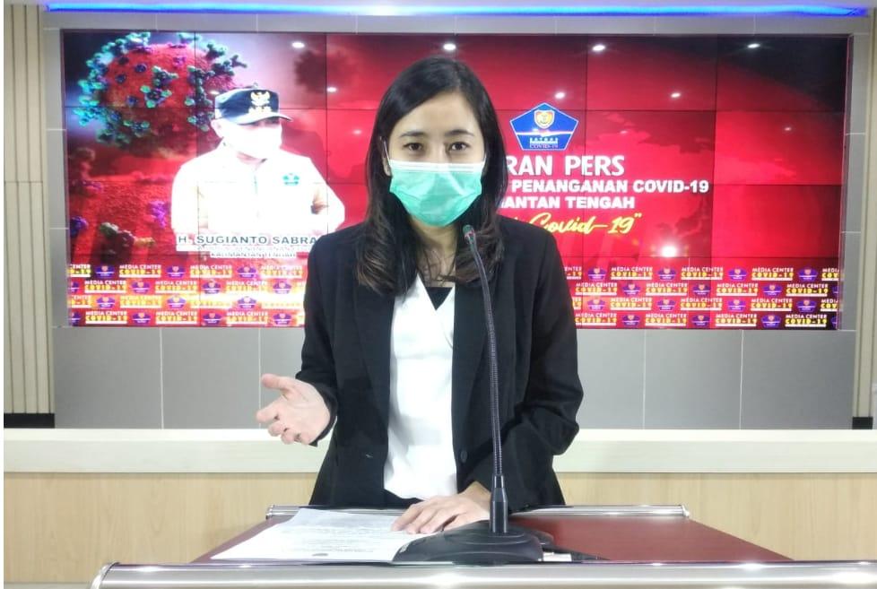 Dr. Astrid Teresa saat menyampaikan perkembangan terbaru kasus Covid-19, 25 Agustus 2020