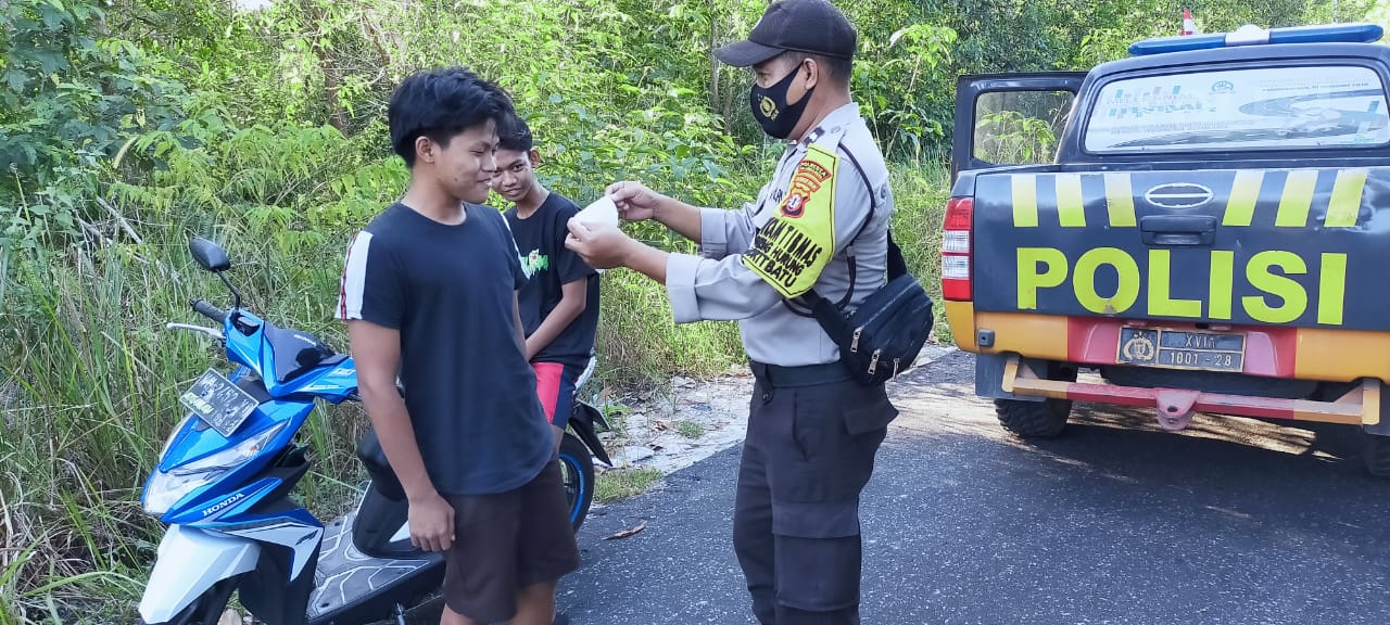 Polsek Bukit Batu Gencarkan Patroli Pendisiplinan Protokol Kesehatan Cegah Covid-19