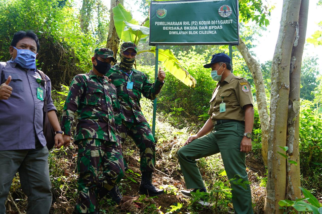 Danrem 062/TN Meninjau Lokasi Lahan Pemeliharaan Konpensional Sektor Cileunca (RHL) Tahap Ke-2