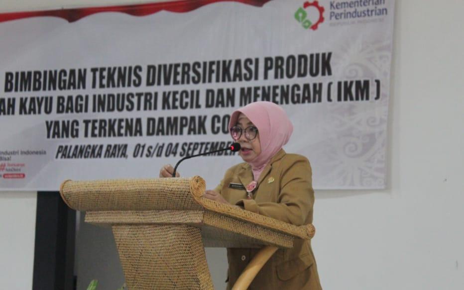Dinas Perdagangan dan Perindustrian Kalteng Gelar Bimtek Diversifikasi Produk Limbah Kayu