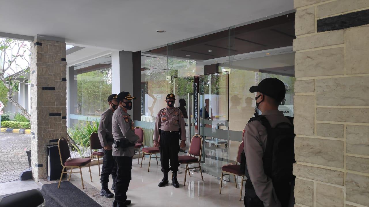 Cek Kegiatan Rapat Pleno KPU, Kapolresta Ingatkan Petugas PAM Untuk Tetap Waspada