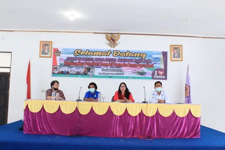 23 Mahasiswa IAKN Palangka Raya Asal Papua Tiba di Bandara Tjilik Riwut