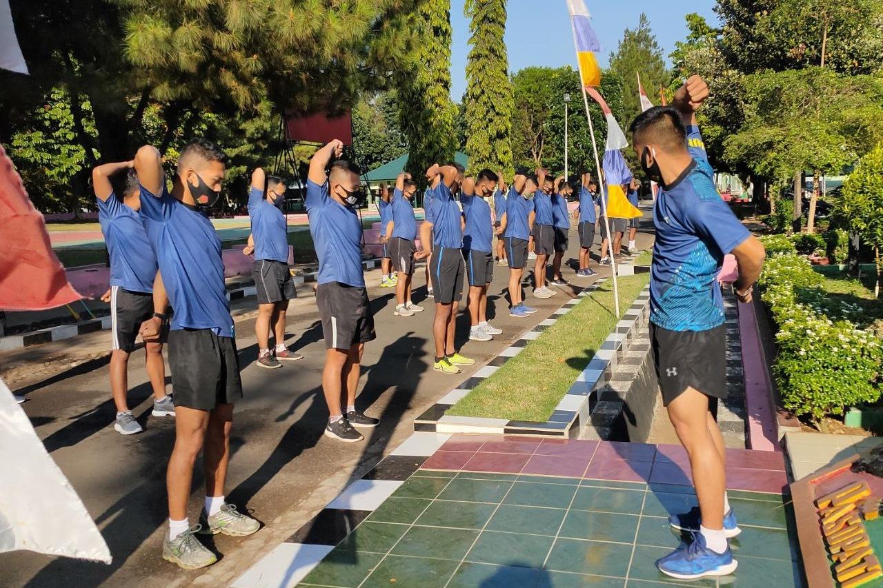 Jaga Imun Tubuh, Prajurit Yonif MR 411 Kostrad Rutin Olahraga Lawan Covid-19