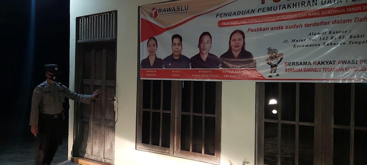 Ciptakan Situasi Kondusif Jelang Pilkada 2020, Anggota Polsek Kahayan Tengah Gelar Patroli Malam