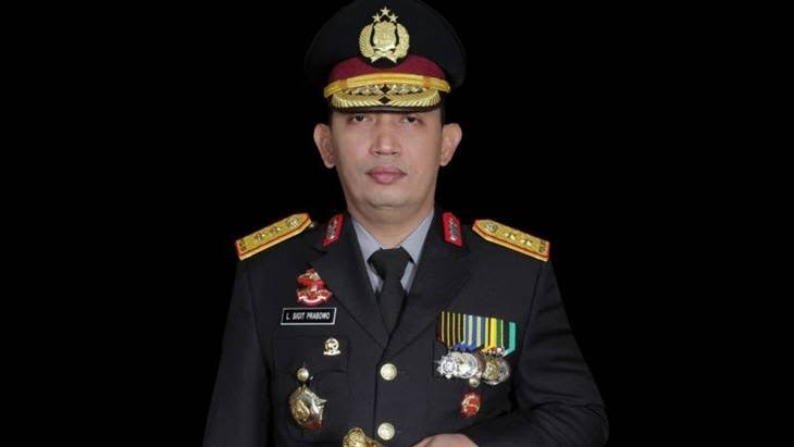 Komjen Listyo Sigit Prabowo Dilantik Presiden Jokowi  Sebagai Kapolri