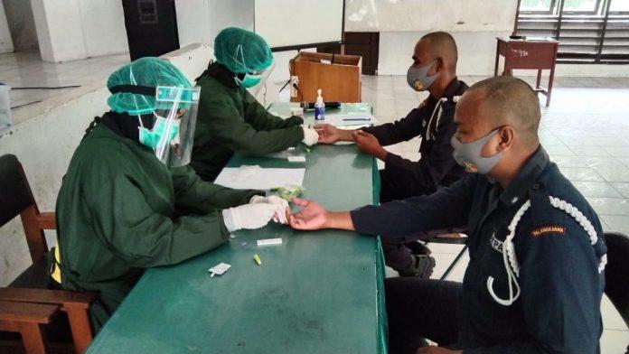 Tim Kesmob RS.Bhayangkara Rapid Test 34 Satpam Dimasa Pendiklatan