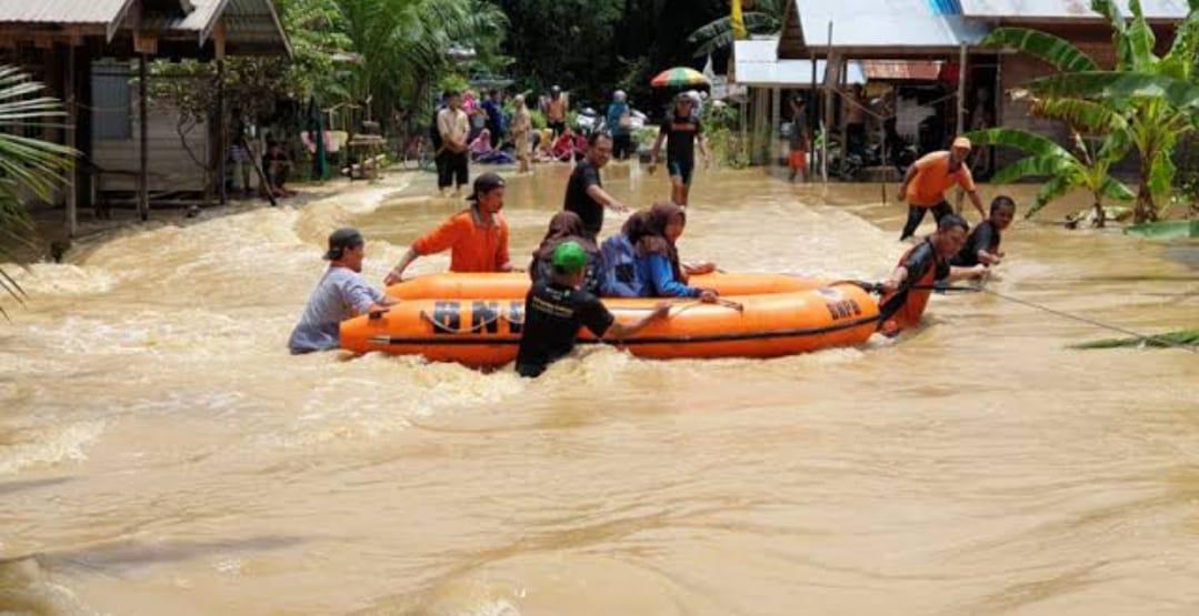 Banjarmasin, Luapan Air Semakin Tinggi di Beberapa Kawasan Akibat Pasang Air Laut