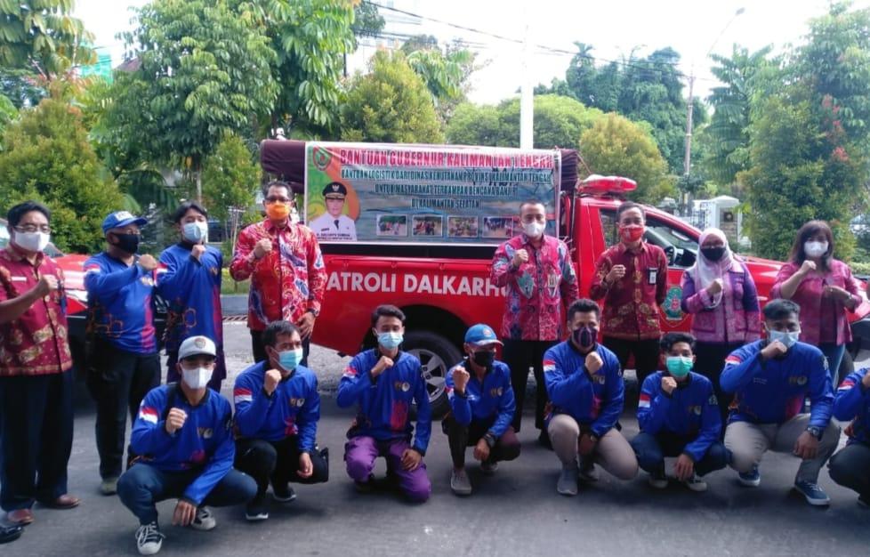 Dinas Kehutanan Kalteng Distribusikan Bantuan Untuk Korban Banjir di Kalsel