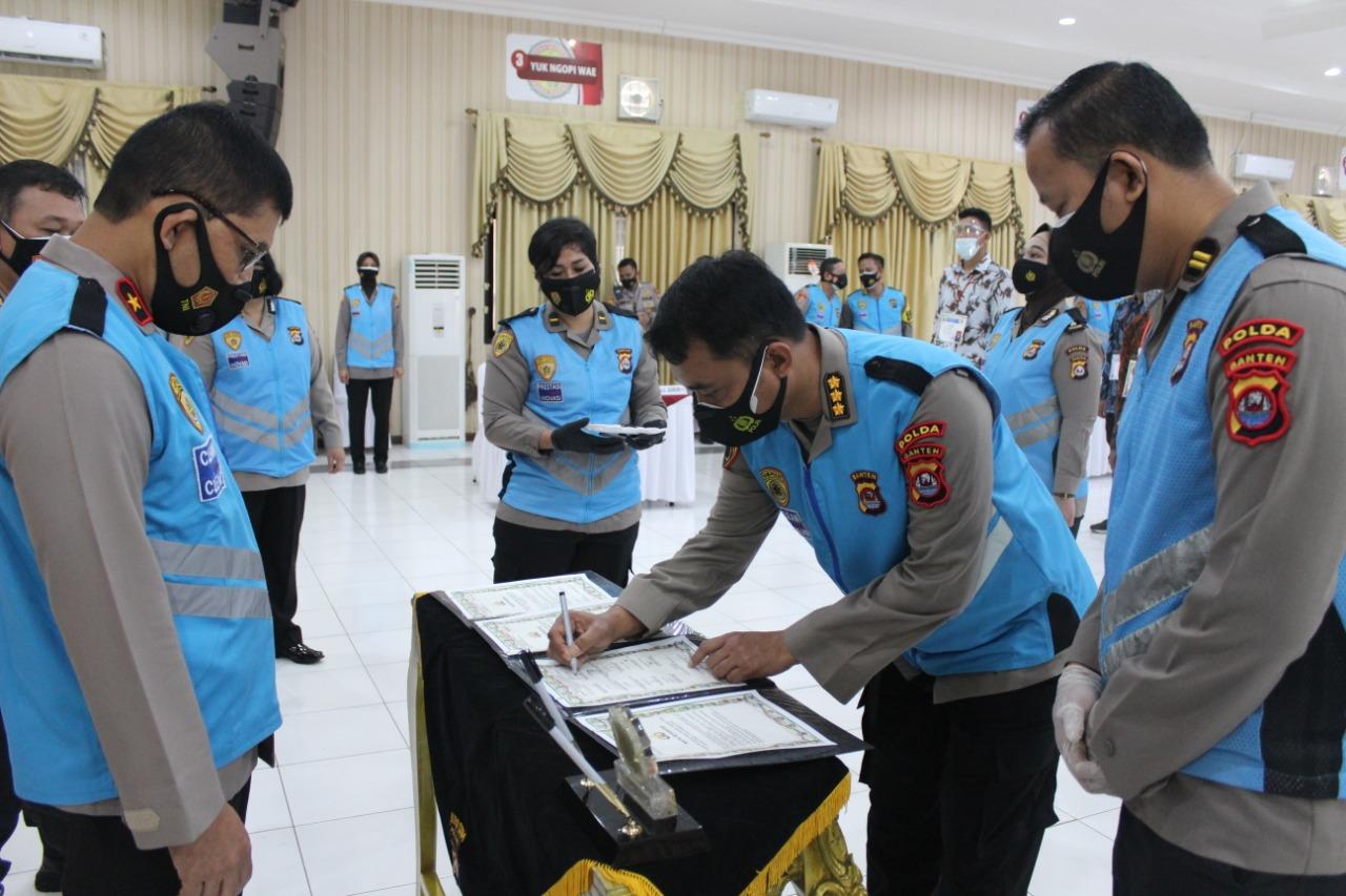 Wakapolda Banten Pimpin Penandatanganan Pakta Integritas Penerimaan SIPSS 2021