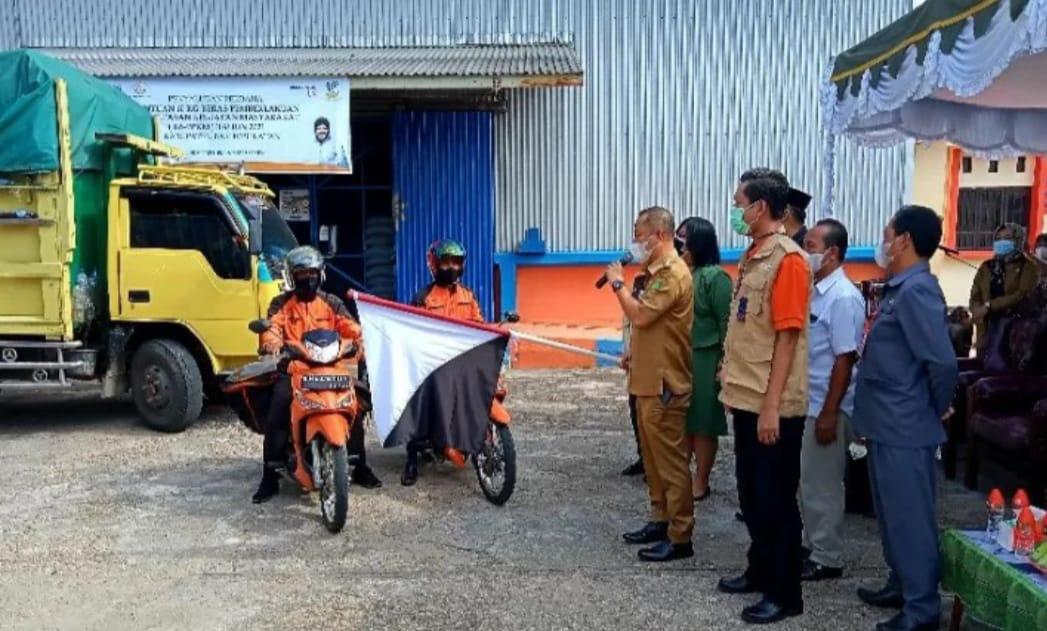 Warga Barito Selatan  Terima Bantuan Sosial Sebanyak 4.829 KPM.