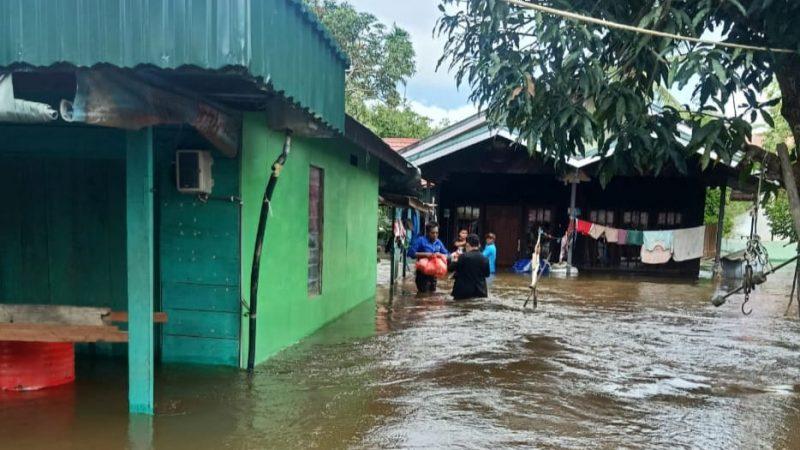 Hembuskan Nafas Terakhir di Tenda Pengungsian Banjir