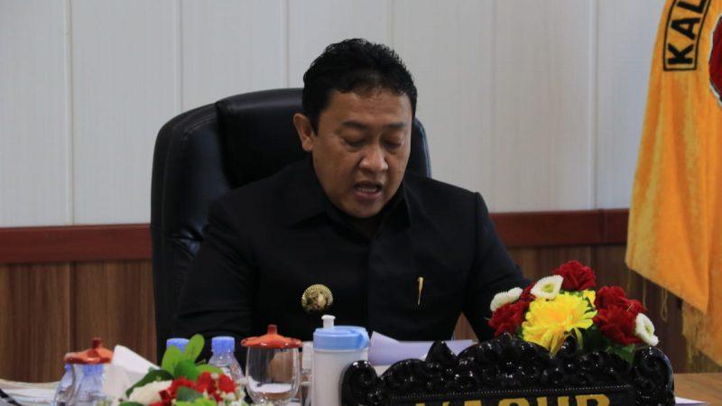 RAPAT PARIPURNA, WAKIL GUBERNUR EDY PRATOWO SAMPAIKAN PENYERAHAN PERDA RPJMD TAHUN 2021-2026
