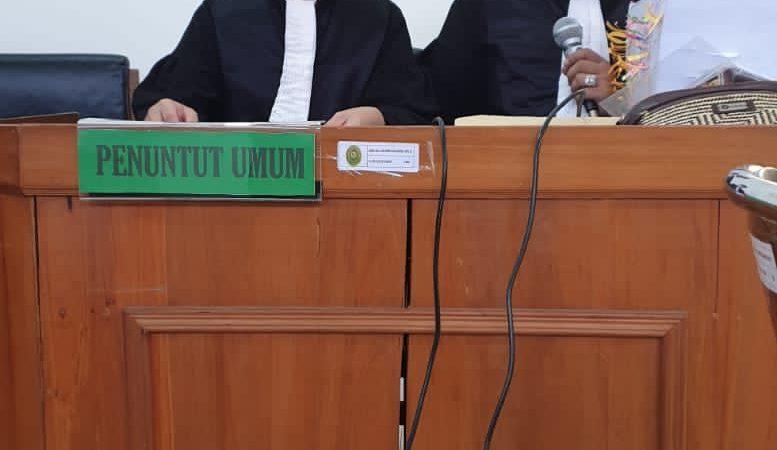 Eks Kades Hanjak Maju Jalani Sidang Tipikor di Pengadilan Negeri Palangkaraya.